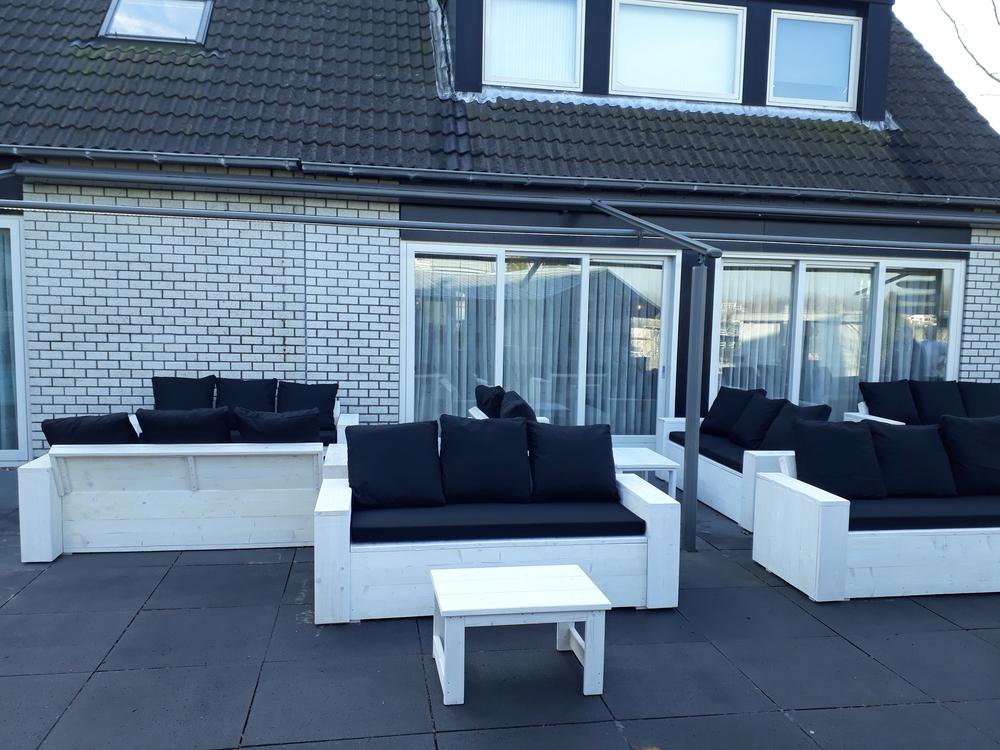 Steigerhout klepbanken xl met tafeltjes loungebanken wit