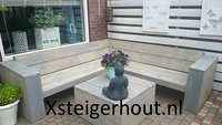 Steigerhout hoekbank in de achtertuin