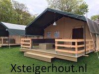 Steigerhout hoekbank met kussens voor een tent