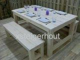 2 kloosterbankjes met steigerhout tafel