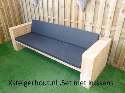 Steigerhouten loungebank met kussens bouwpakket