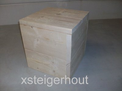 Hocker steigerhout-40x40x43-Bouwpakket