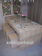Tafel steigerhout met krukken